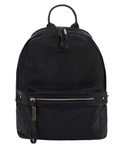 Čierny batoh s detailmi v zlatej farbe Pieces Dalli