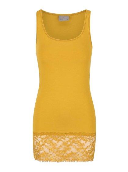 Hořčicové tílko s krajkovým lemem Vero Moda Maxi