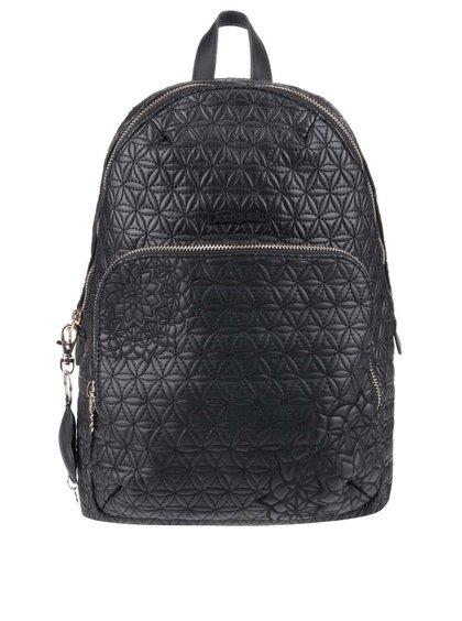 Černý batoh s detaily ve zlaté barvě Desigual Lima Carlota