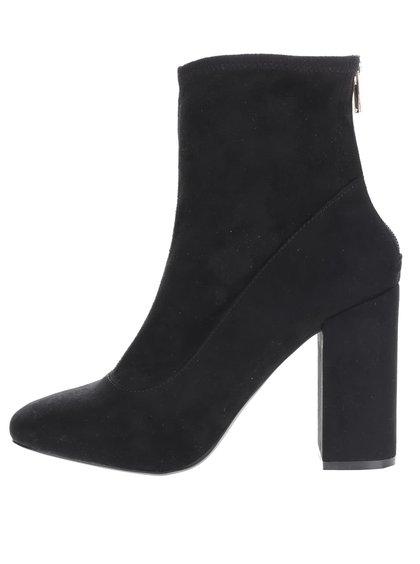 Černé  boty na podpatku v semišové úpravě Miss Selfridge Alanis