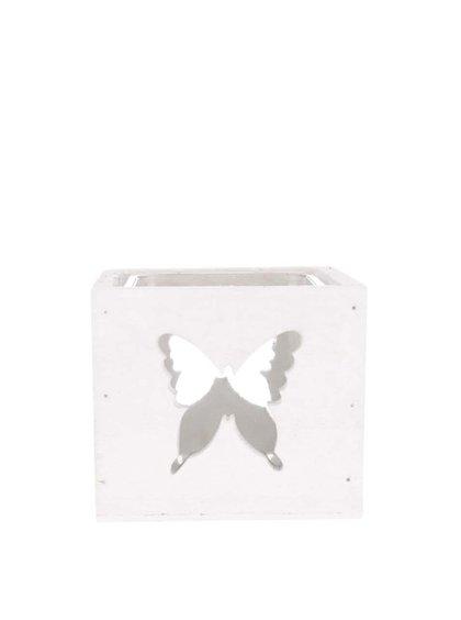 Krémový dřevěný svícen s vyřezanými motivy motýlů Dakls