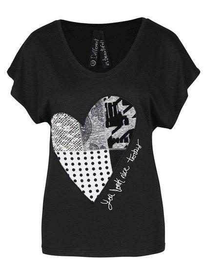 Čierne tričko so srdcom Desigual Beget
