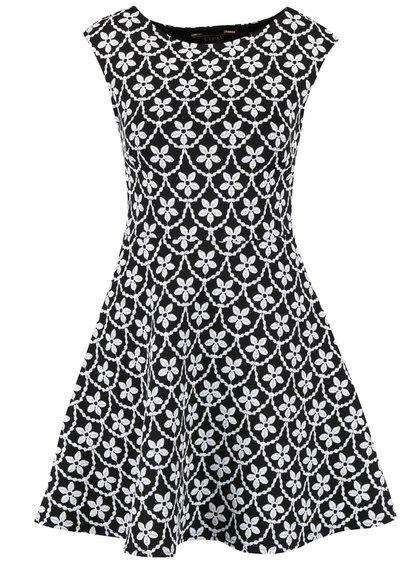 Čierno-biele šaty s kvetovanou potlačou Lipsy