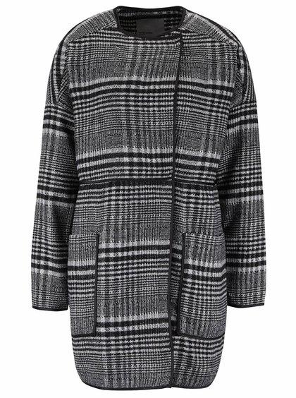 Černý kostkovaný kabát VERO MODA Tiffany