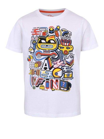 Biele chlapčenské tričko s farebnou potlačou 5.10.15.