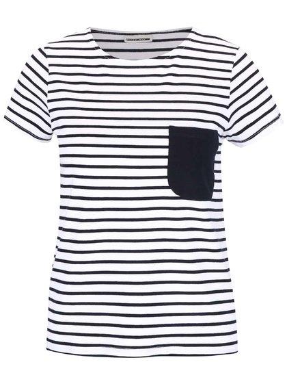 Čierno-biele pruhované tričko s vreckom Noisy May