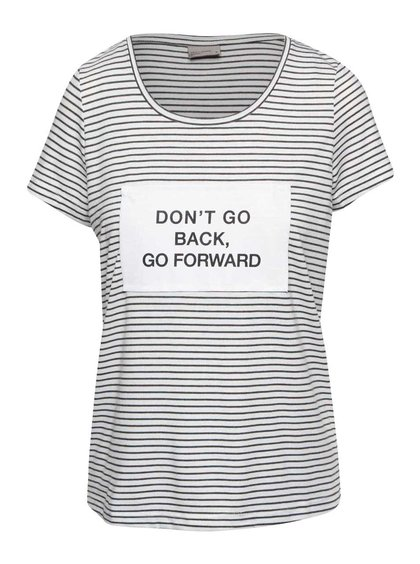 Krémové pruhované tričko s nášivkou VERO MODA Pu