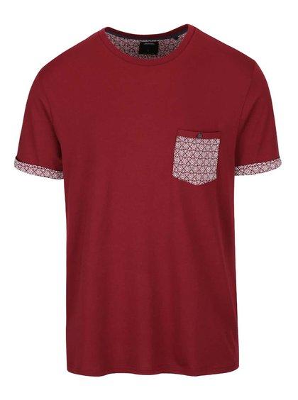 Červené triko se vzorovanou kapsou Burton Menswear London
