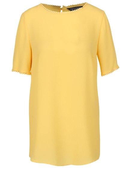 Žlutá halenka s ozdobnými lemy Dorothy Perkins