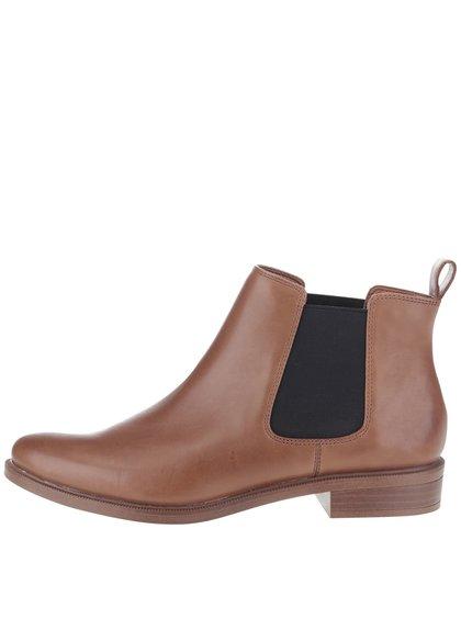 Hnedé dámske kožené chelsea topánky Clarks Taylor