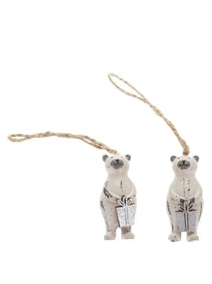 Sada dvou ozdob v krémové ve tvaru medvěda s dárkem Sass & Belle