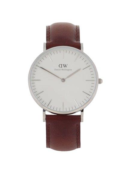 Dámské hodinky ve stříbrné barvě s hnědým koženým páskem CLASSIC St. Maves Daniel Wellington