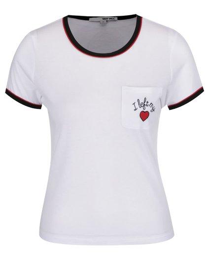 Bílé tričko s černými lemy a nášivkou TALLY WEiJL