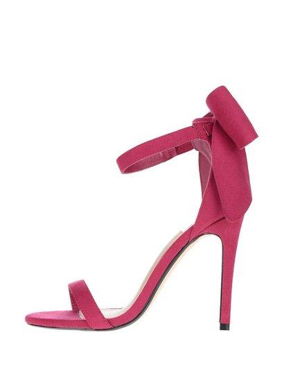 Růžové sandálky na podpatku v semišové úpravě Miss Selfridge