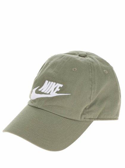 Zelená pánská kšiltovka s bílým nápisem Nike