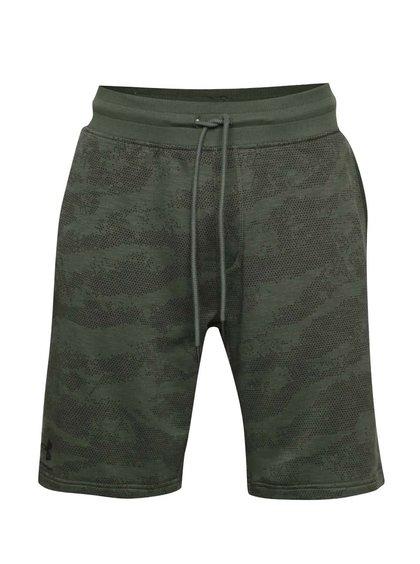 Khaki pánské funkční vzorované teplákové kraťasy Under Armour Camo Fleece Short