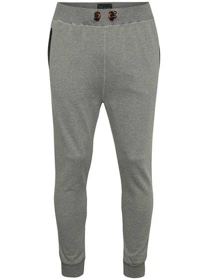 Pantaloni sport gri Blend cu print