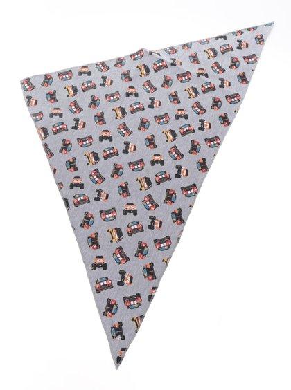 Šedý klučičí šátek s motivy autíček 5.10.15.