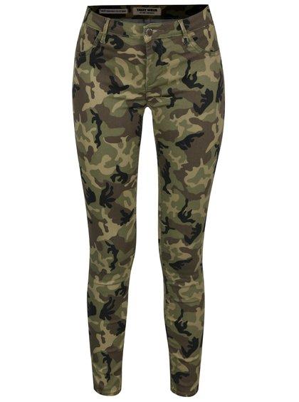 Zelené maskáčové skinny džíny s push-up efektem TALLY WEiJL