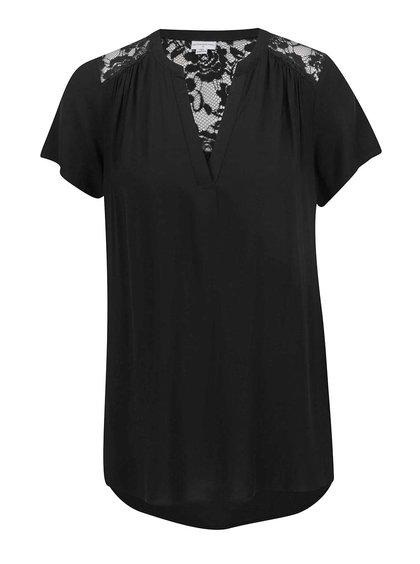 Černá halenka s krajkou na zádech Jacqueline de Yong Liva