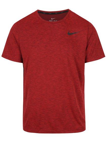 Červené žíhané pánské funkční triko Nike Breathe