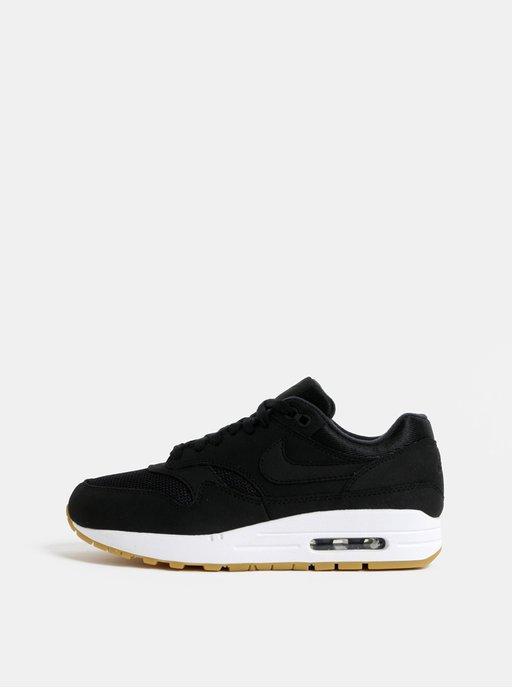 Nike  Čerstvá výbava (nielen) na šport ♀  5ab675fdcd2
