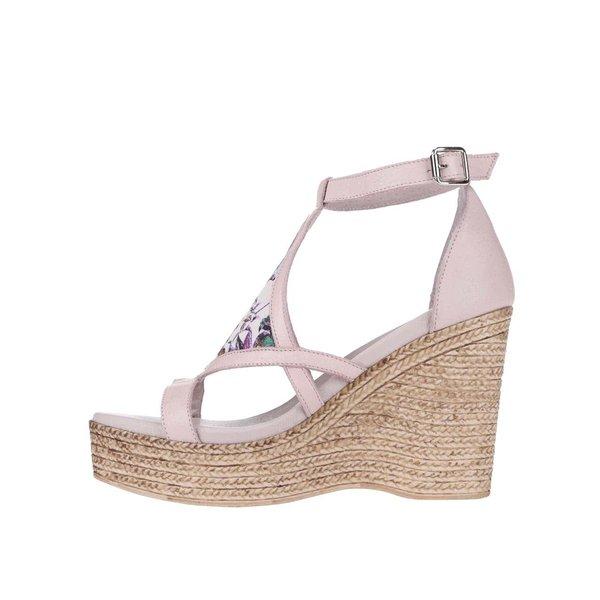 Sandale OJJU cu platformă, roz deschis de la OJJU in categoria pantofi casual