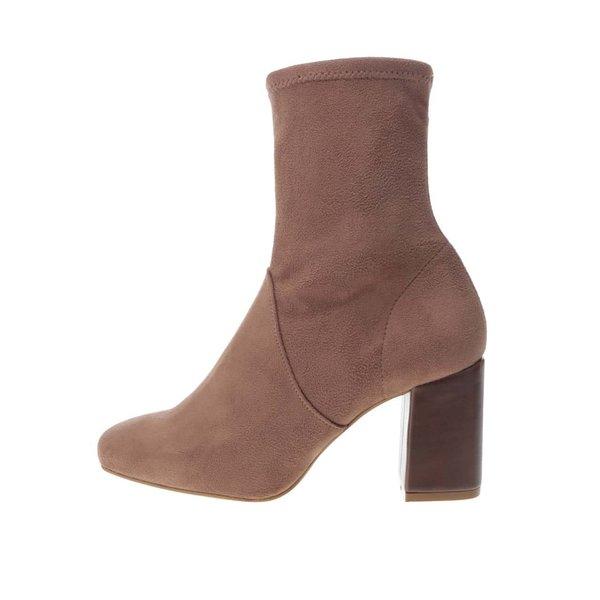 Cizme maro cu toc OJJU cu aspect de piele întoarsă de la OJJU in categoria pantofi cu toc