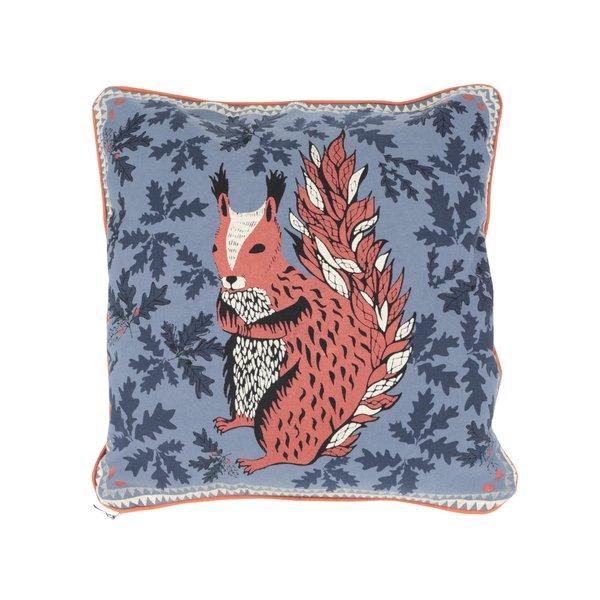 Pernă albastră Disaster cu decorațiune în formă de veveriță de la Disaster in categoria Pentru dormitor și camera de zi