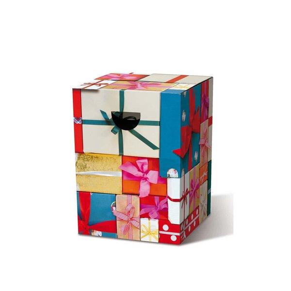 Scaun pliant Remember Bescherung în formă de cutie de cadouri de la Remember in categoria Pentru dormitor și camera de zi