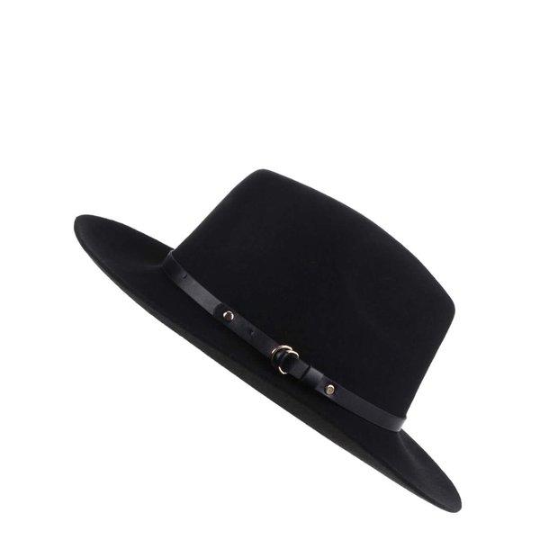 Pălărie neagră cu garnitură in ton Pieces Daniella
