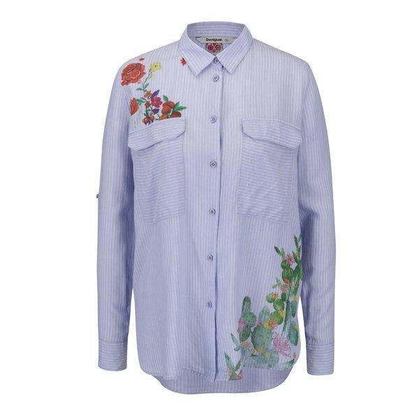 Cămașă albastră Desigual Miriam cu broderie de la Desigual in categoria Topuri, tricouri, body-uri