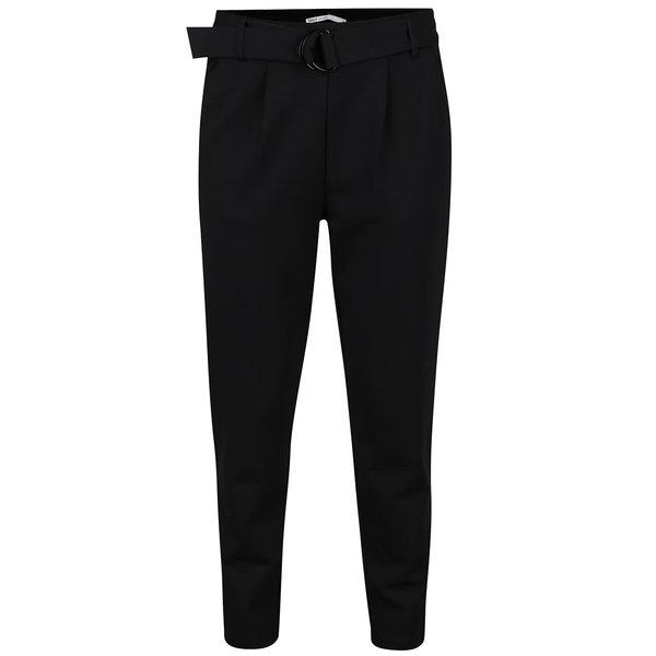 Pantaloni conici negri ONLY Poptrash cu accesoriu metalic de la ONLY in categoria Blugi, pantaloni, colanți