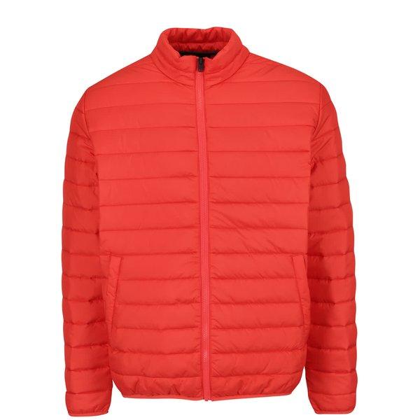 Jachetă matlasată roșie Jack & Jones Addy cu guler înalt de la Jack & Jones in categoria Geci, paltoane, jachete