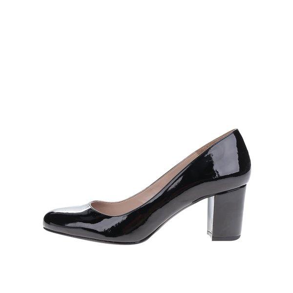 Pantofi negri cu toc OJJU cu aspect lucios de la OJJU in categoria pantofi cu toc