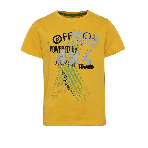 Tricou galben cu print 5.10.15. pentru băieți