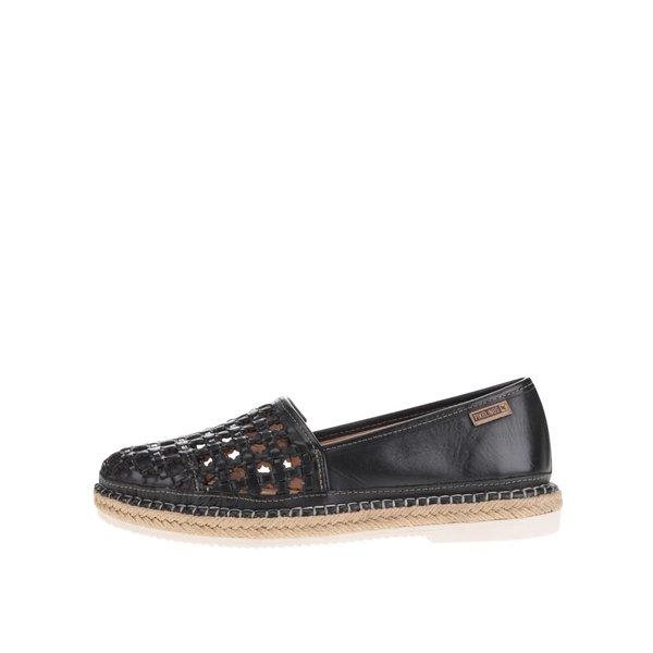 Mocasini negri Pikolinos Cadamunt din piele cu perforații de la Pikolinos in categoria pantofi și mocasini