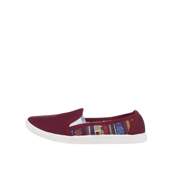Teniși slip-on roșu burgund de damă Oldcom Etno de la Oldcom in categoria pantofi sport și teniși