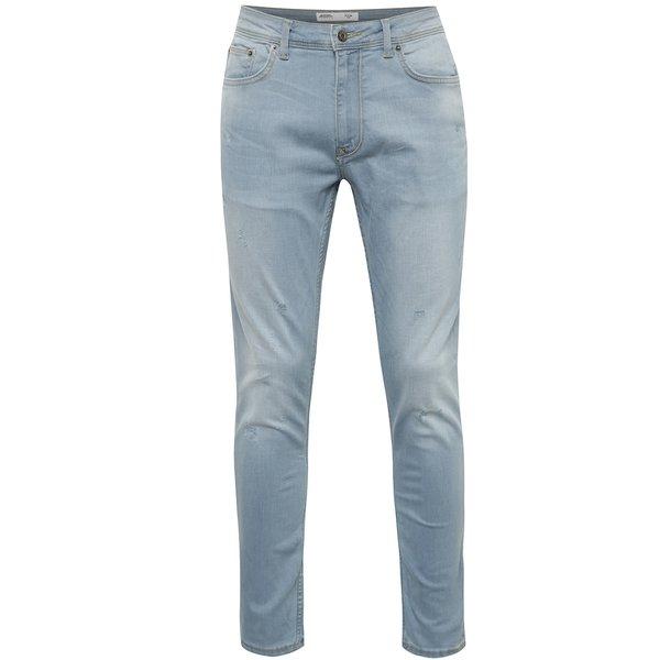 Blugi albastru deschis Burton Menswear London cu aspect ușor deteriorat de la Burton Menswear London in categoria Blugi, pantaloni, pantaloni scurți