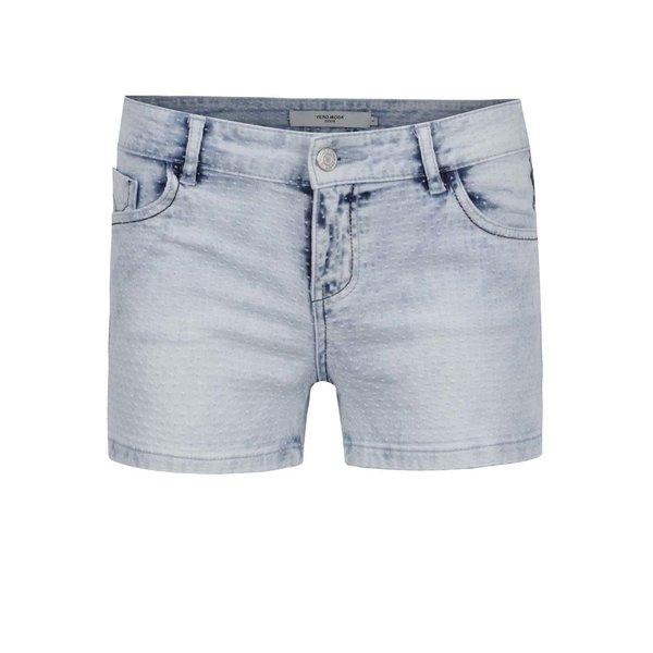 Pantaloni scurți albastru deschis VERO MODA Be din denim cu aspect prespălat și model