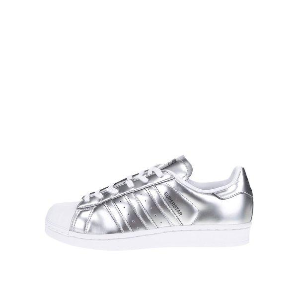 Pantofi sport arigintii adidas Originals Superstar cu aspect metalic de la adidas Originals in categoria pantofi sport și teniși