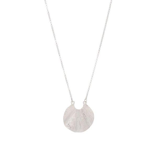 Colier argintiu Pieces Emmi cu pandantiv în formă de scoică de la Pieces in categoria Ceasuri și bijuterii