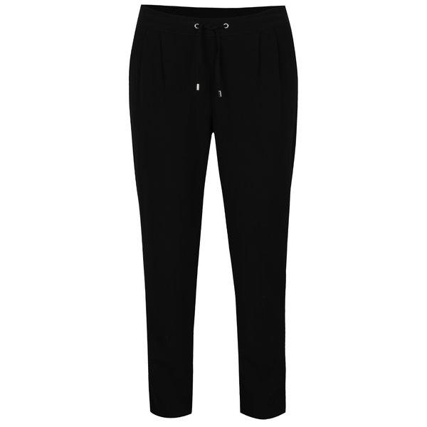 Pantaloni negri ONLY Lina cu pense