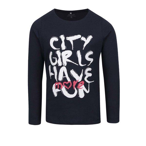 Bluză bleumarin cu text print pentru fete name it Veenhi de la name it in categoria Tricouri, camasi