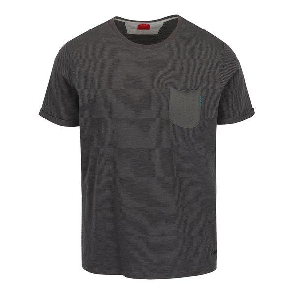 Tricou gri din bumbac s.Oliver cu buzunar pentru bărbați de la s.Oliver in categoria tricouri