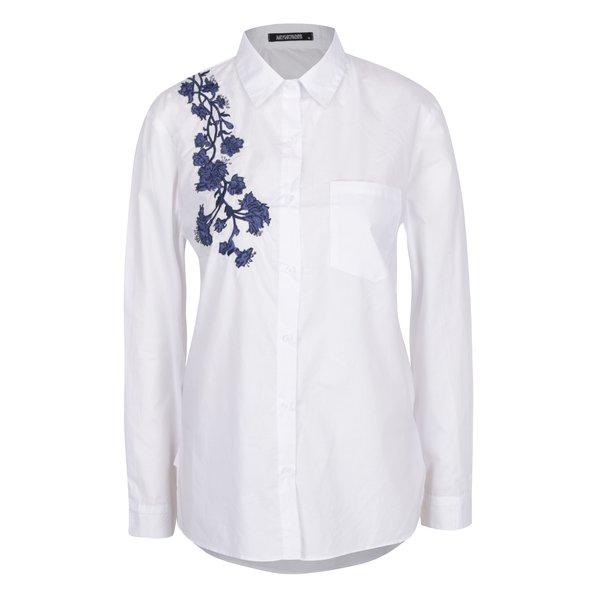 Cămașă albă Haily's Ellen cu broderie și buzunar la piept de la Haily´s in categoria Topuri, tricouri, body-uri