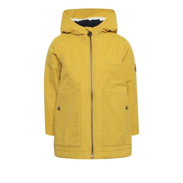 Jachetă galbenă impermeabilă pentru fete Tom Joule de la Tom Joule in categoria Geci, jachete, paltoane