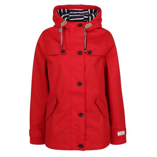 Jachetă impermeabilă roșie pentru femei Tom Joule de la Tom Joule in categoria Geci, jachete și sacouri