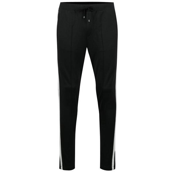 Pantaloni sport negri cu dungi laterale Casual Friday by Blend