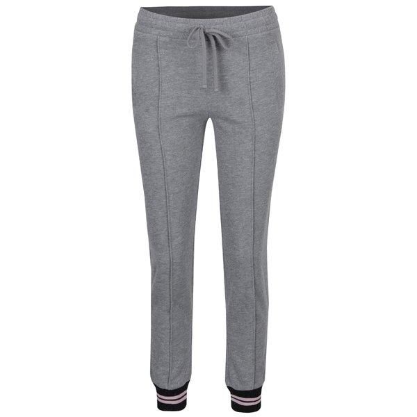 Pantaloni sport gri cu fir metalic argintiu Juicy Couture
